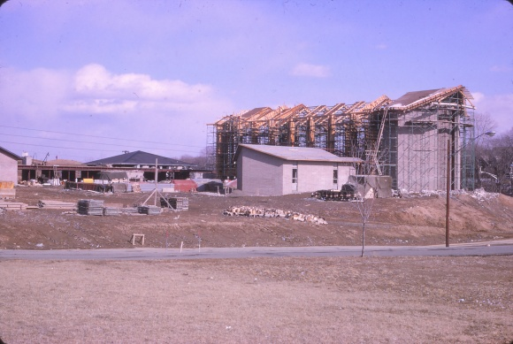 Hackett Blvd April 1965, showing entire construction site