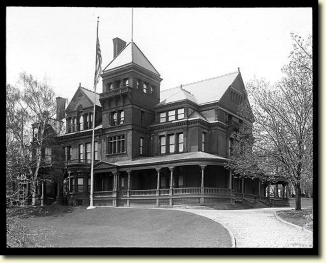 Governor's Mansion 1925 [Photo credit: Albany... the way it was Archive]