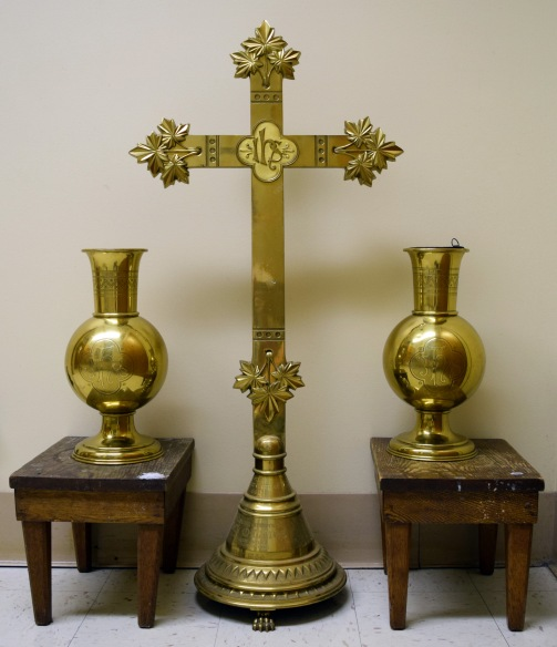 Manning Memorial Cross and Vases