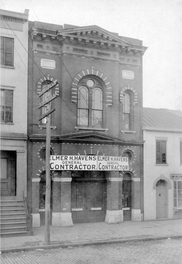 """The Old Engine House"" The former Free Mission Chapel as it looked in the early 20th century"